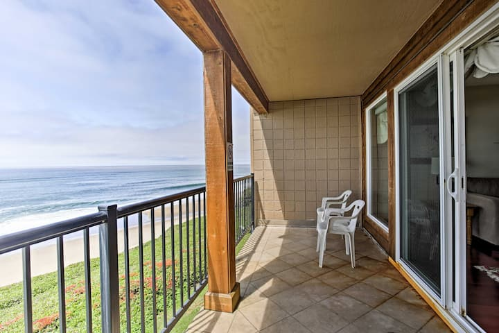 Oceanfront Oregon Getaway - Steps to Lincoln Beach