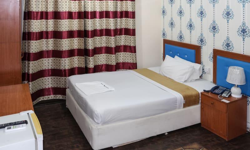 New Avon Hotel | Standard Single Room