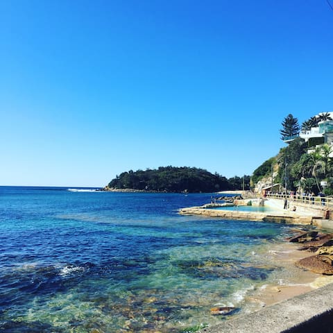 Shelley Beach, Manly - 6 minute drive away from home