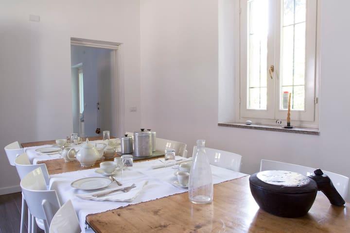 IL FIUME AZZURRO B&B, Camera Sasso - Castelletto sopra Ticino - Bed & Breakfast