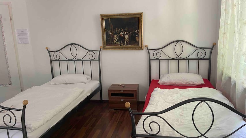 Günstiges helles Zimmer im Herzen von Mannheim