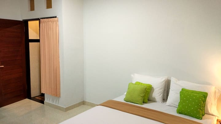 De kos bali budget apartment at great location 1