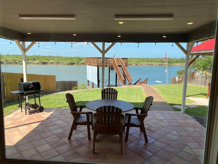 Get Reel Fishing Lodge
