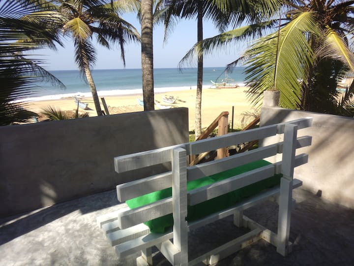 Isara Beach Home