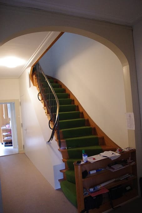 staircase to heaven (and 4 of the bed rooms)