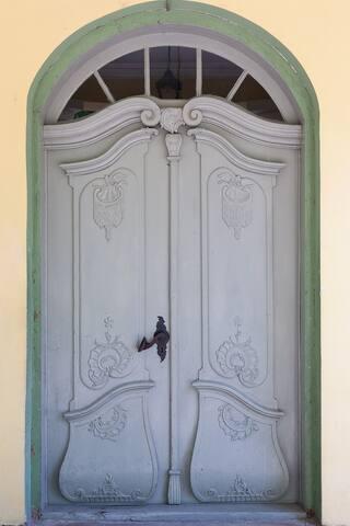 Historical Entrance door (1789)