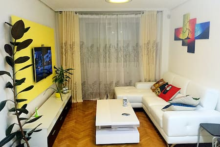 2 rooms flat share  in Parla Madrid - Casa