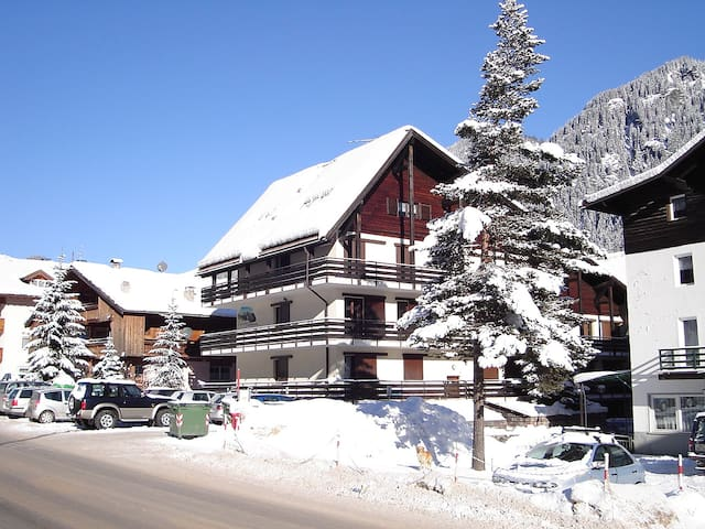 3-room apartment 50 m² Marmolada