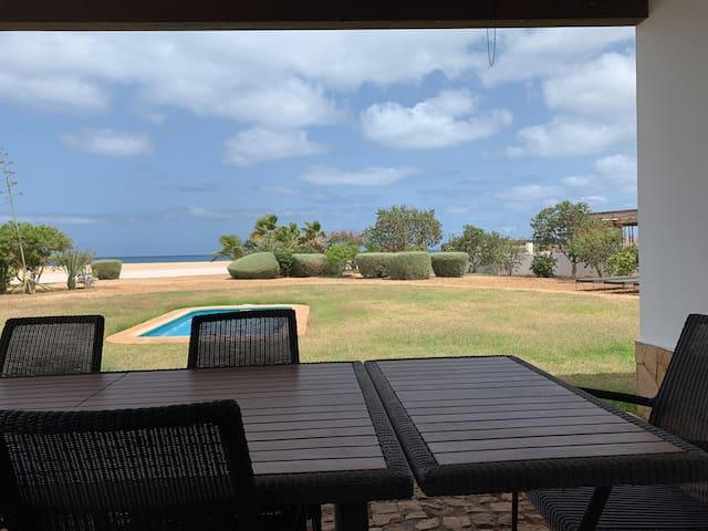 Bellissima Villa davanti all'oceano