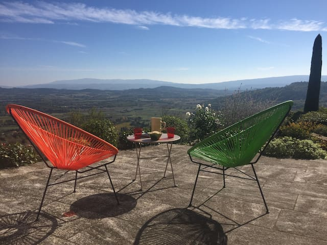 Gordes Provence : Spectacular view