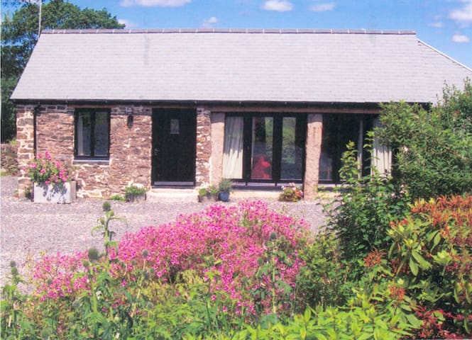 Romantic detached Dartmoor cottage - Tavistock  - Casa