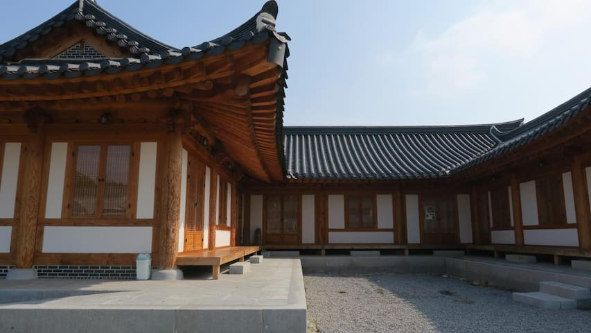 대동누리관2-월출산이 가까운 전통 한옥집 - Gunseo-myeon, Yeongam - Casa