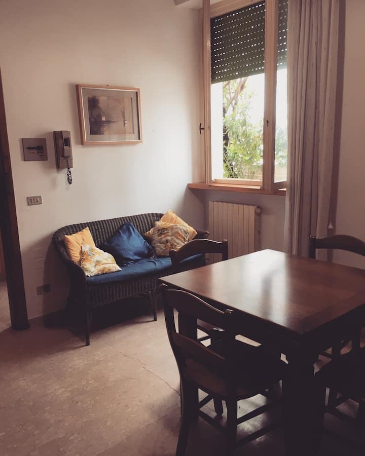 Appartamento pianoterra tra lungomare e pineta