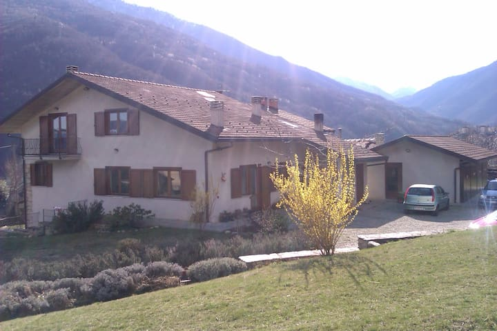 Beautiful room in the mountains 2b - Castelnuovo - Combalere - Hus