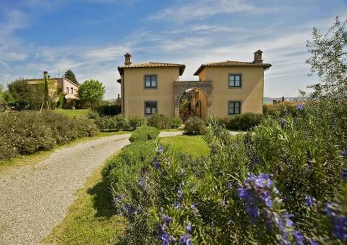 villino sulle colline senesi - Province of Siena - Rekkehus