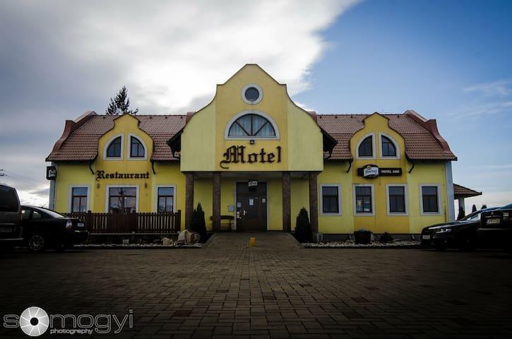 Accomodation Motel ARD-ubytovanie v okrese Levice