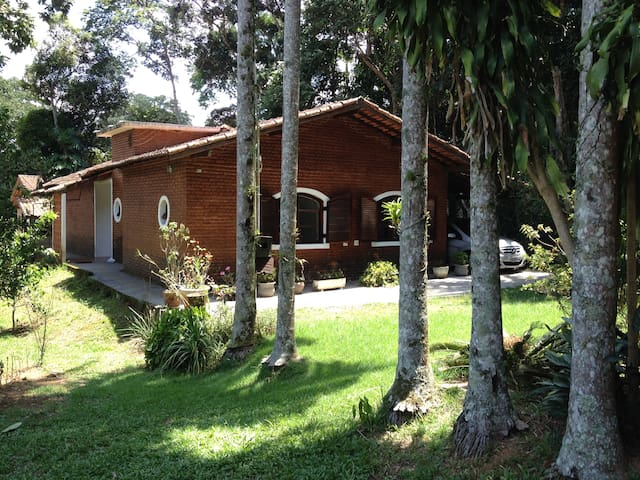 Cottage near Interlagos F1 - Grand Prix racetrack - São Paulo - House