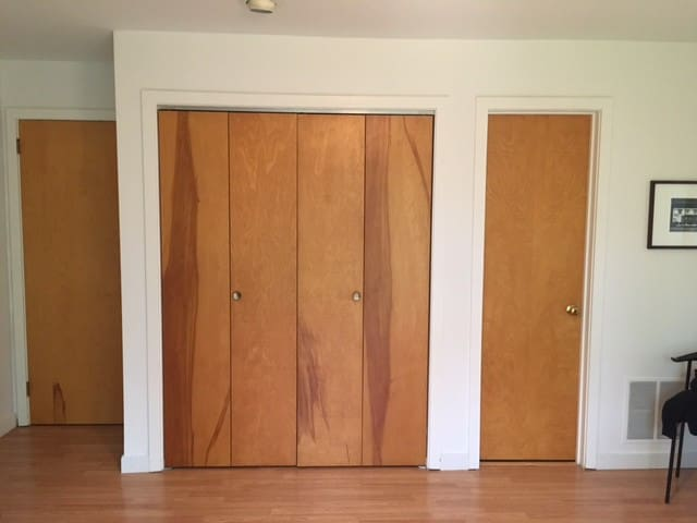 Large 2BR available for graduation