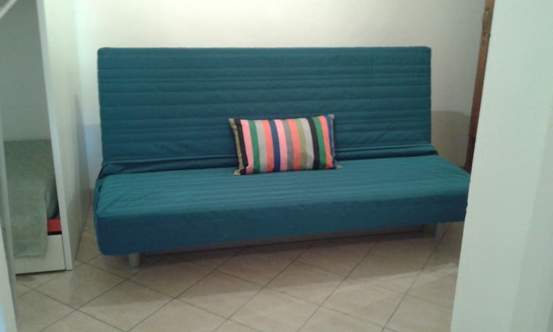 Duoble sofa bed