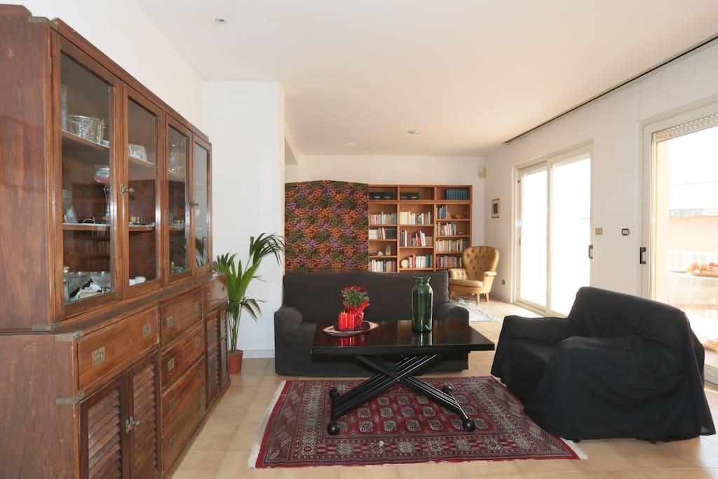 freshwater pirates apt 22 maisons louer ga te latium italie. Black Bedroom Furniture Sets. Home Design Ideas
