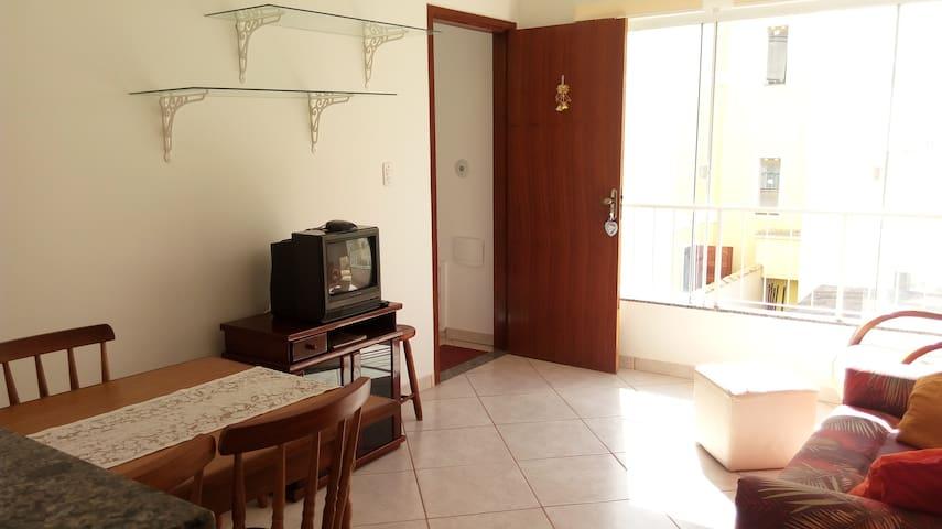 Apartamento no Solar das Gaivotas - Rio das Ostras - Leilighet