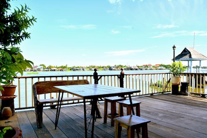 Riverside house Chao Phraya River - Nonthaburi - House