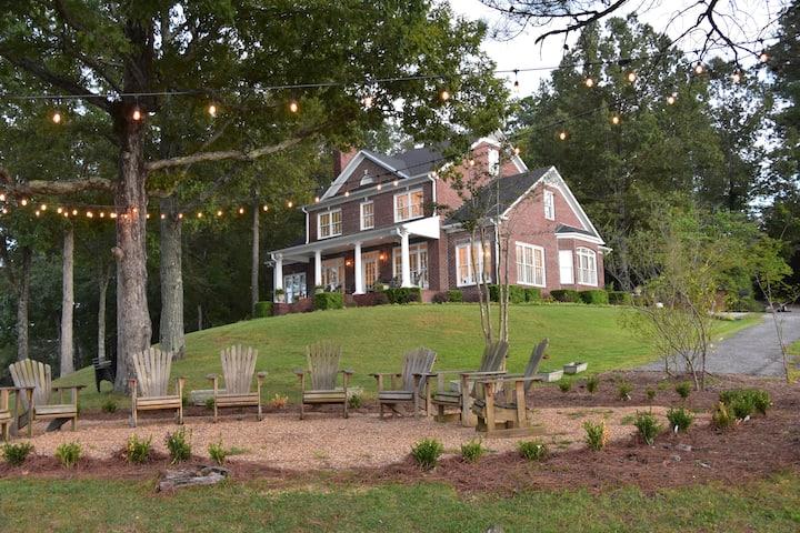 Beautiful home on Lewis Smith Lake, Alabama