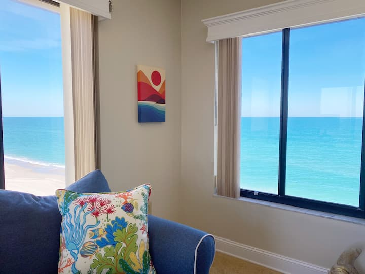 Crashing Waves - 3BR/2BA Oceanfront Penthouse