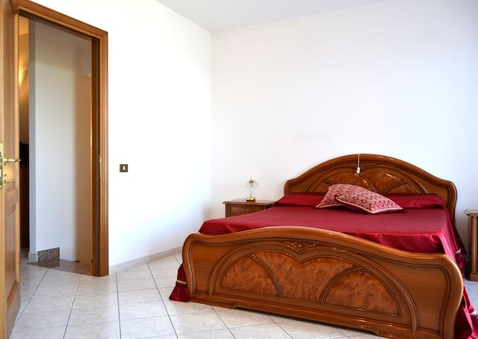 Villa Agnese - Red suite - Tolfa - Bed & Breakfast