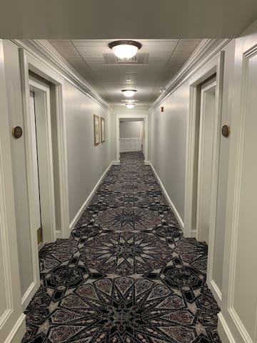 Building hallway to apartment