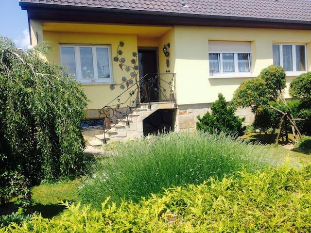 Maison agréable proche Bâle- Suisse - Cernay - Dom