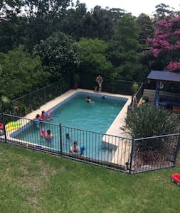 Summer Family Home with pool - South Turramurra - Dom