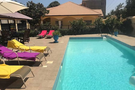 Holiday villa with pool in Kololi  6pers