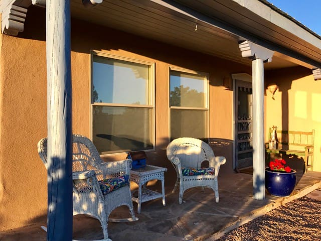 Room with a View: Quiet, Bright, Easy Plaza Access - Santa Fe - House