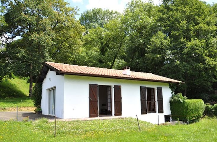 maisonette loft de vacance - Saint-Pée-sur-Nivelle - House