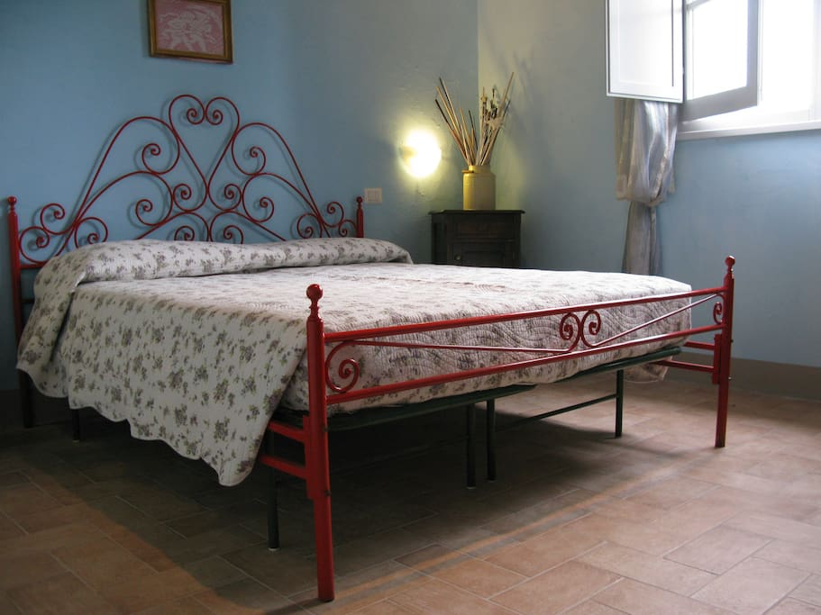 Panoramic bedroom with double bed