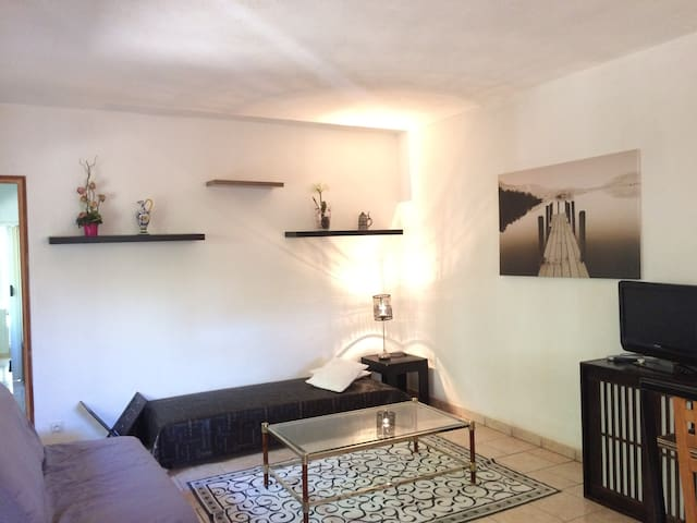 Lovely & Quiet apartment in nature - La Londe-les-Maures - Дом