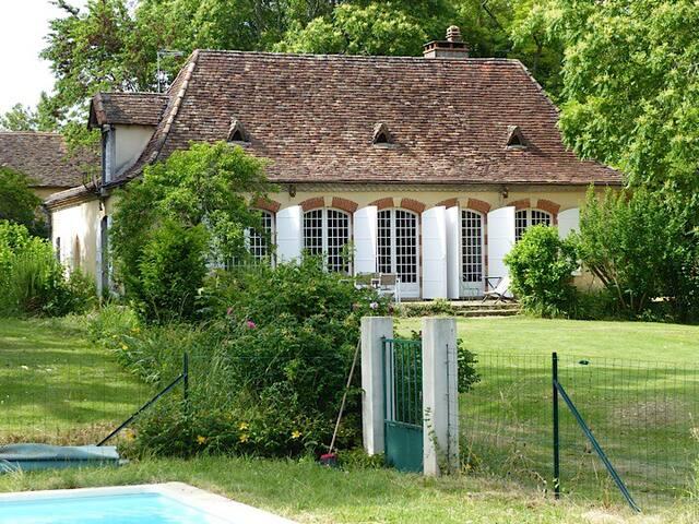 Maison de charme - Queyssac - Hus