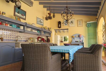 Top 20 Bed and Breakfasts Xaló: Inns and B&Bs - Airbnb Xaló