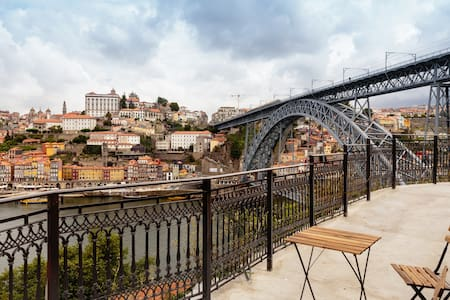 Balcony of Douro riverfronts - Vila Nova de Gaia - House