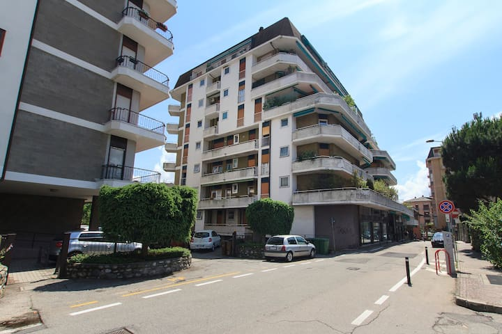 Flat in the center of the town - Sesto Calende - Lejlighed
