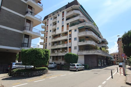 Flat in the center of the town - Sesto Calende