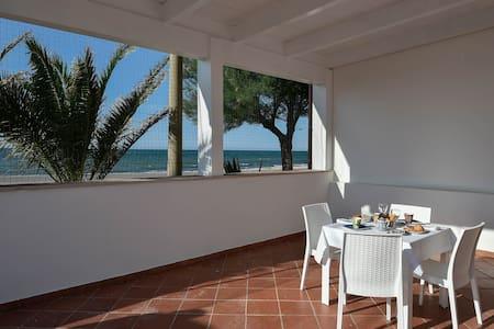 La Margherita Casa Vacanze - Rodi Garganico - Bed & Breakfast