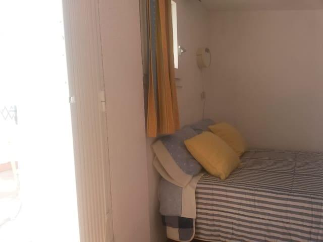 dormitorio -buhardilla