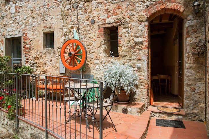 casa in  antico borgo toscano - Duddova - Leilighet