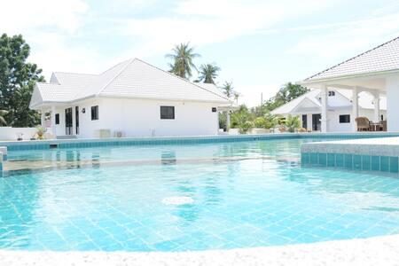 Mango Beach Resort Villa