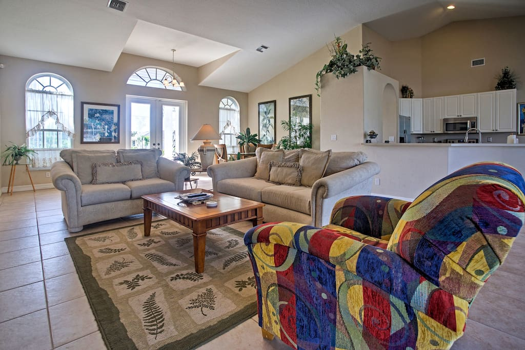 The spacious living room offers a flat-screen cable TV to watch during downime.