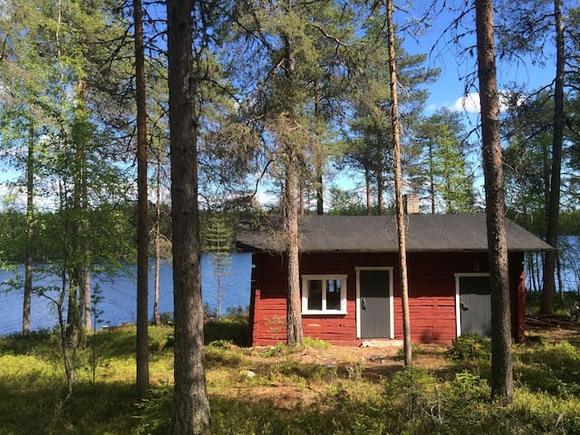 Lakeside cottage with a sauna - Kuusamo - Cabin