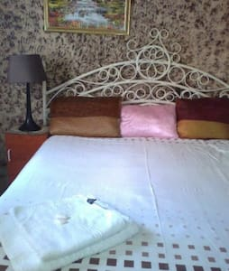 Superb 3 star lodge Southview Lodge - Johannesburg South - Bed & Breakfast