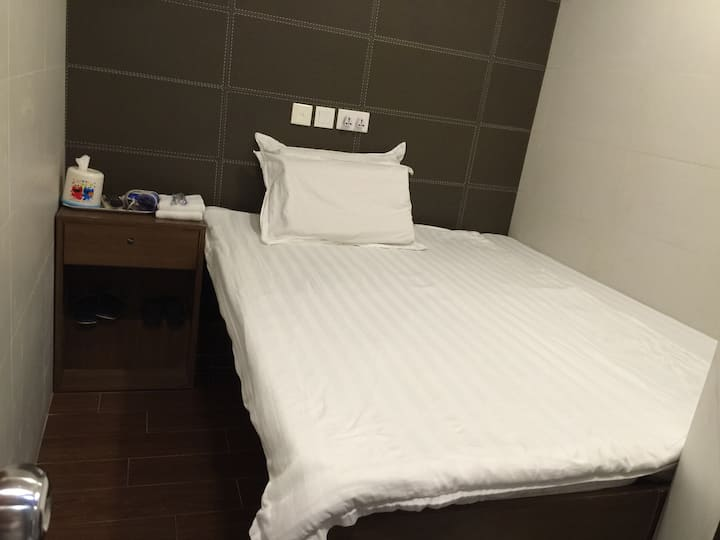 Monkok幸福雙人大床房
